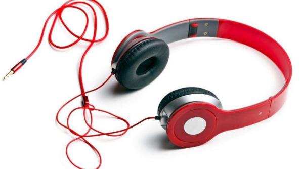 同时称霸全平台的游戏耳机究竟长什么样子?