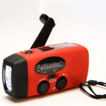 亚马逊爆款太阳能手摇收音机 带照明功能