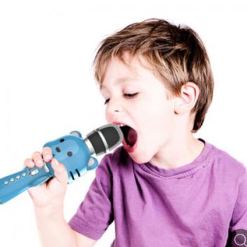 新款私模儿童无线蓝牙手机K歌宝早教全民录制机器人变音麦克风M10