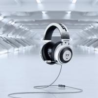 Razer推出《星战》暴风突击兵定制版Kraken耳机
