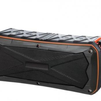 跨境电商新品防水IPX6蓝牙免提插卡音箱 充电宝输出5V/2A音响工厂
